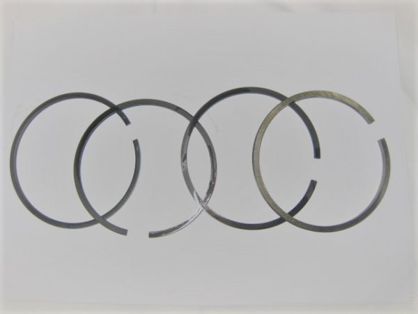 Kolbenringsatz Deutz F.L 310, STD 85,0 mm [en]