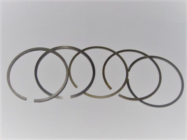 Kolbenringsatz MWM 1053 105,25 mm [en]
