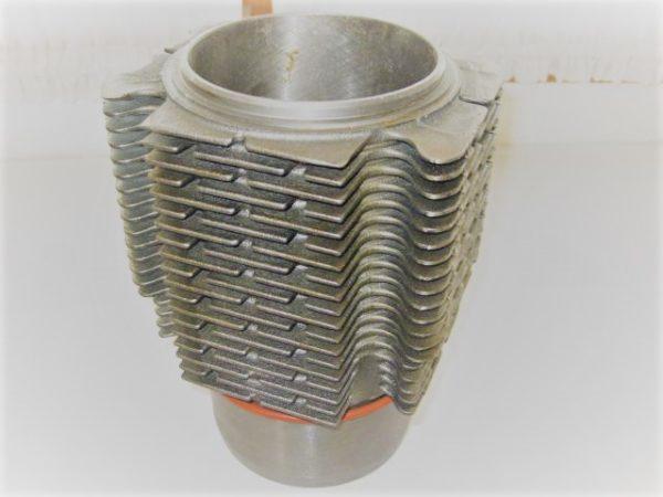 Rippenzylinder für MWM D 308 luftgekühlt [en]
