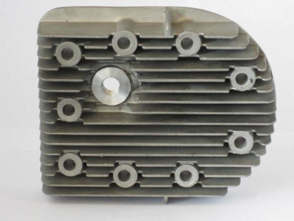Zylinderkopf Berning D8 [en]